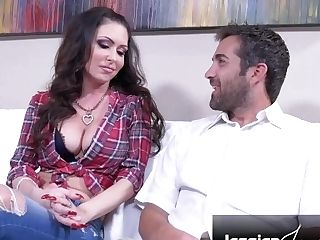 Hot Cougar Jessica Jaymes Fucked On The First-ever Date