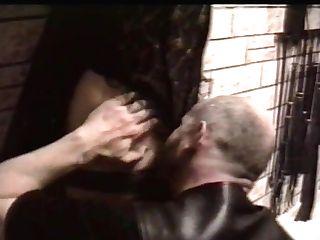 La Cell Aux Chiennes (1990s)