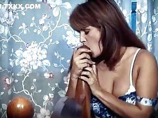 Bamboozled - Antique Brit Beauty Striptease