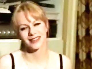 Caroline Dubarre As Krystal - Etudiante Top Salope